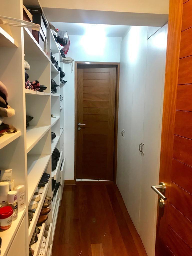 6 de 11: Walking closet