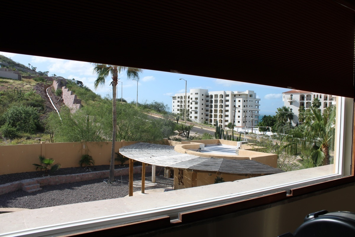 8 de 28: View from the Master bedroom