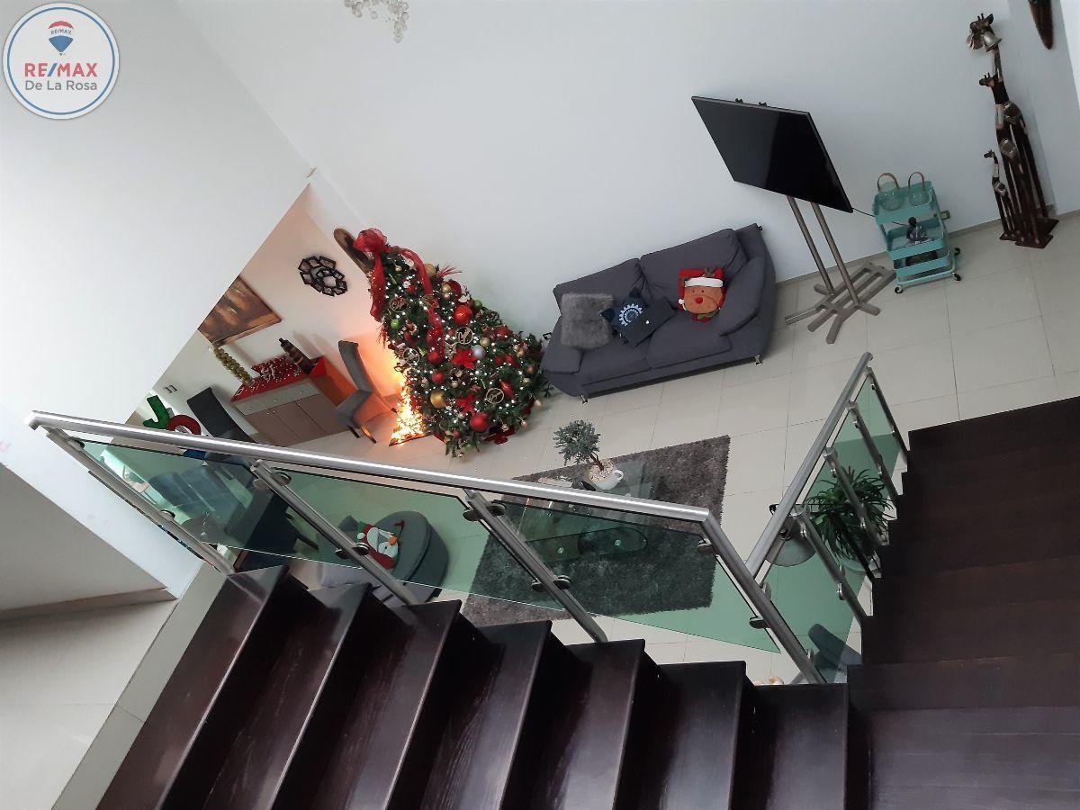 8 de 31: vista del segundo nivel a planta baja
