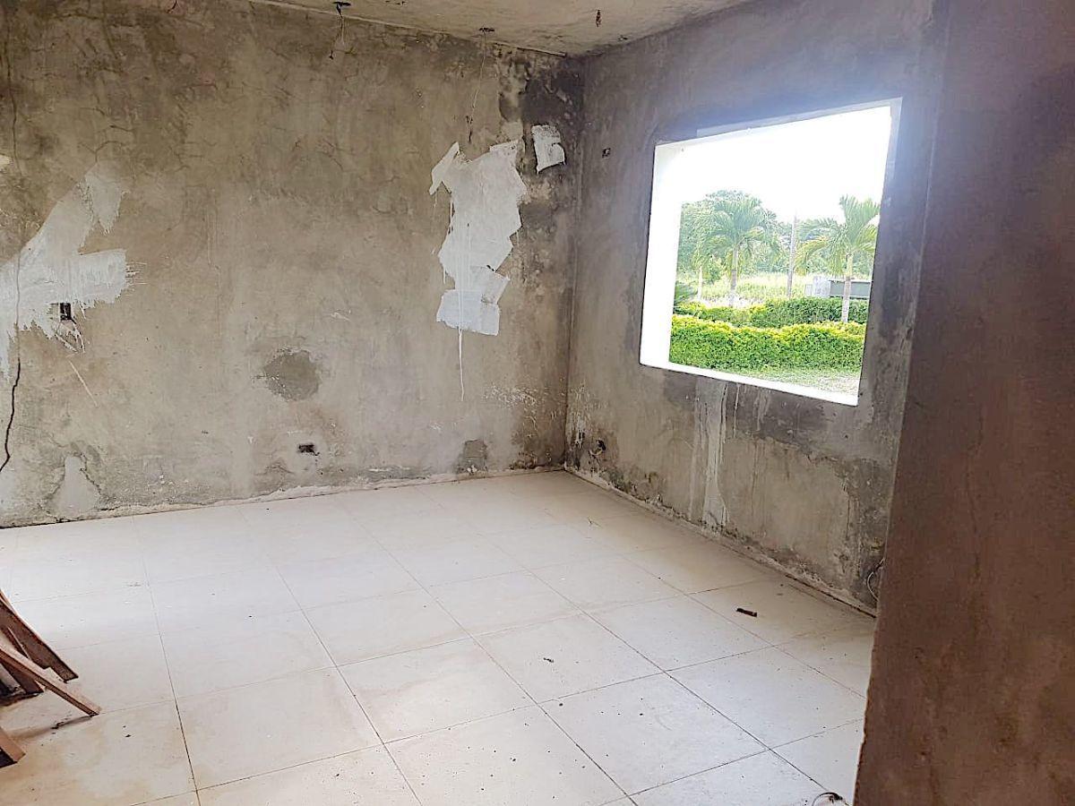 4 de 4: Condición del interior de 1 de las casas