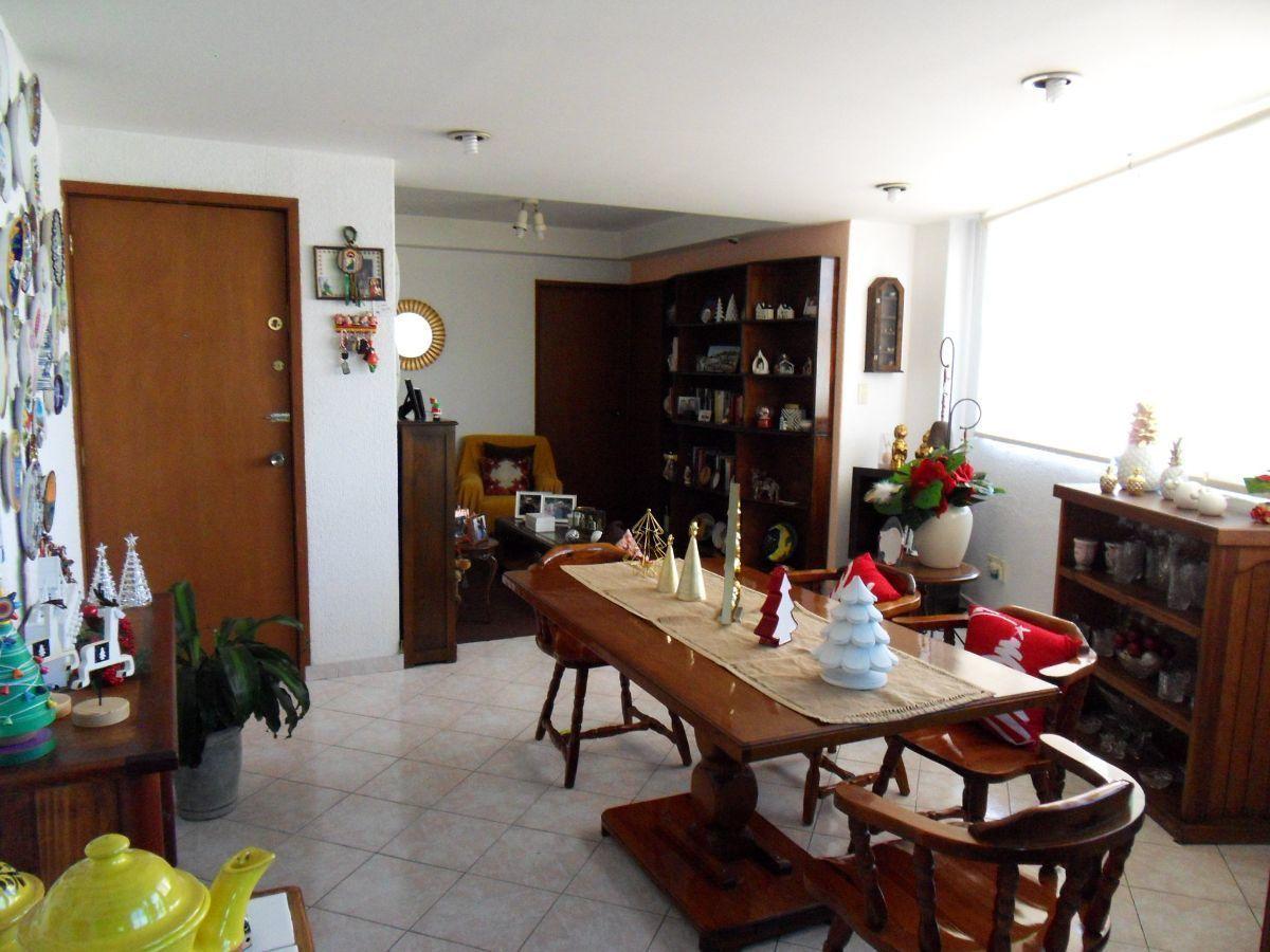 4 de 15: Comedor y sala