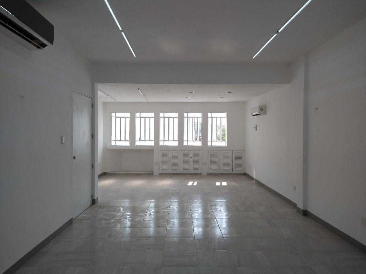4 de 20: Area de oficinas
