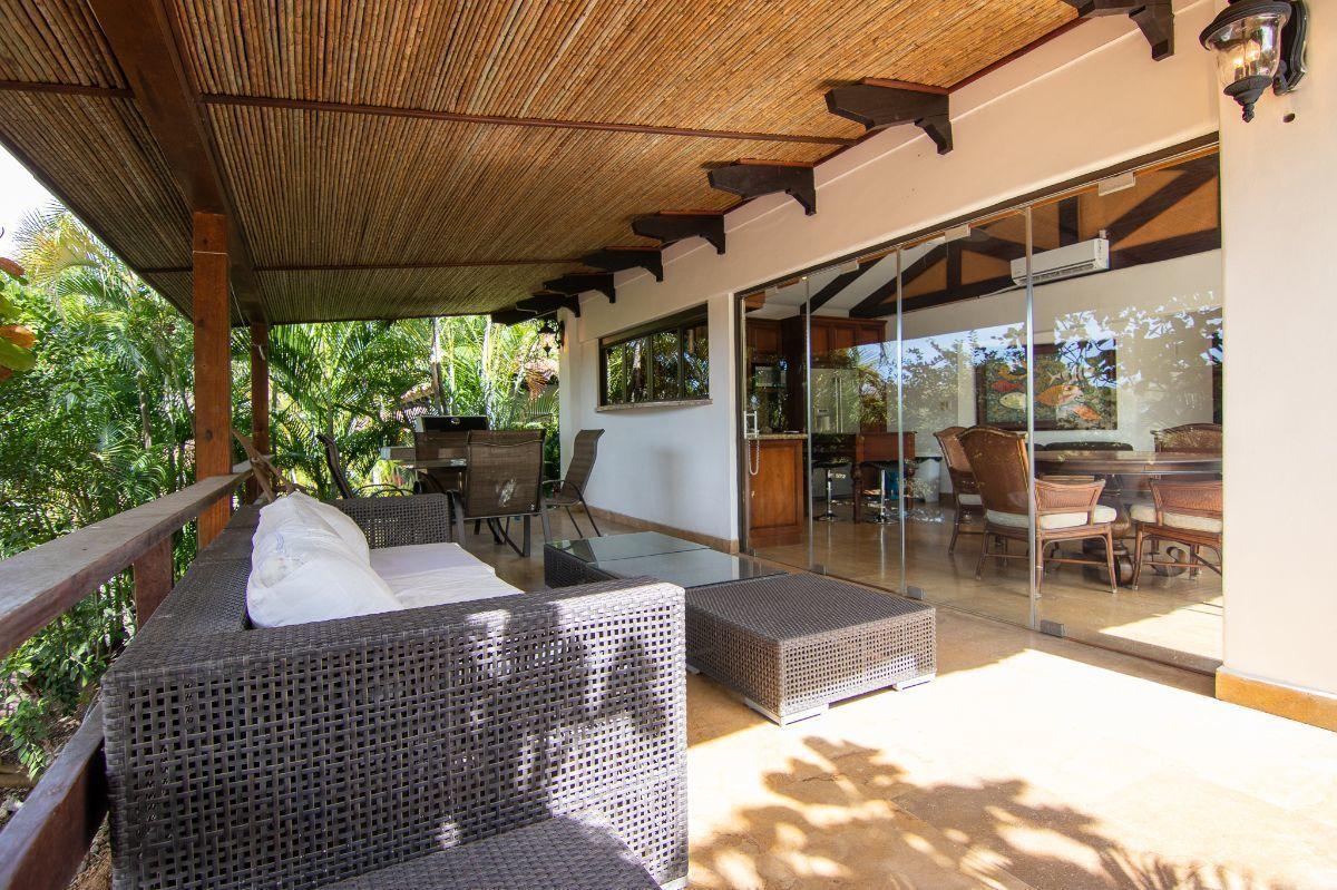 9 of 20: Outdoor terrace