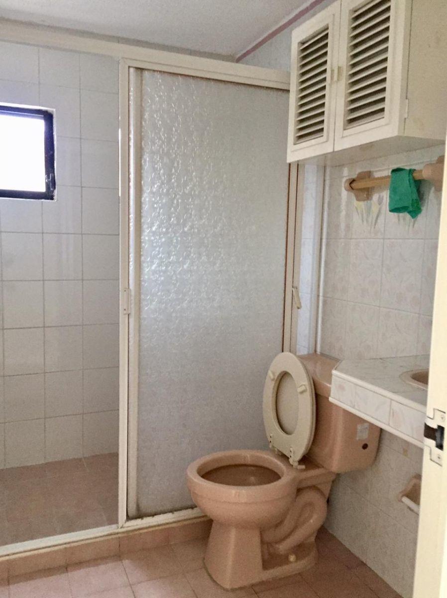11 de 29: Baño servicio