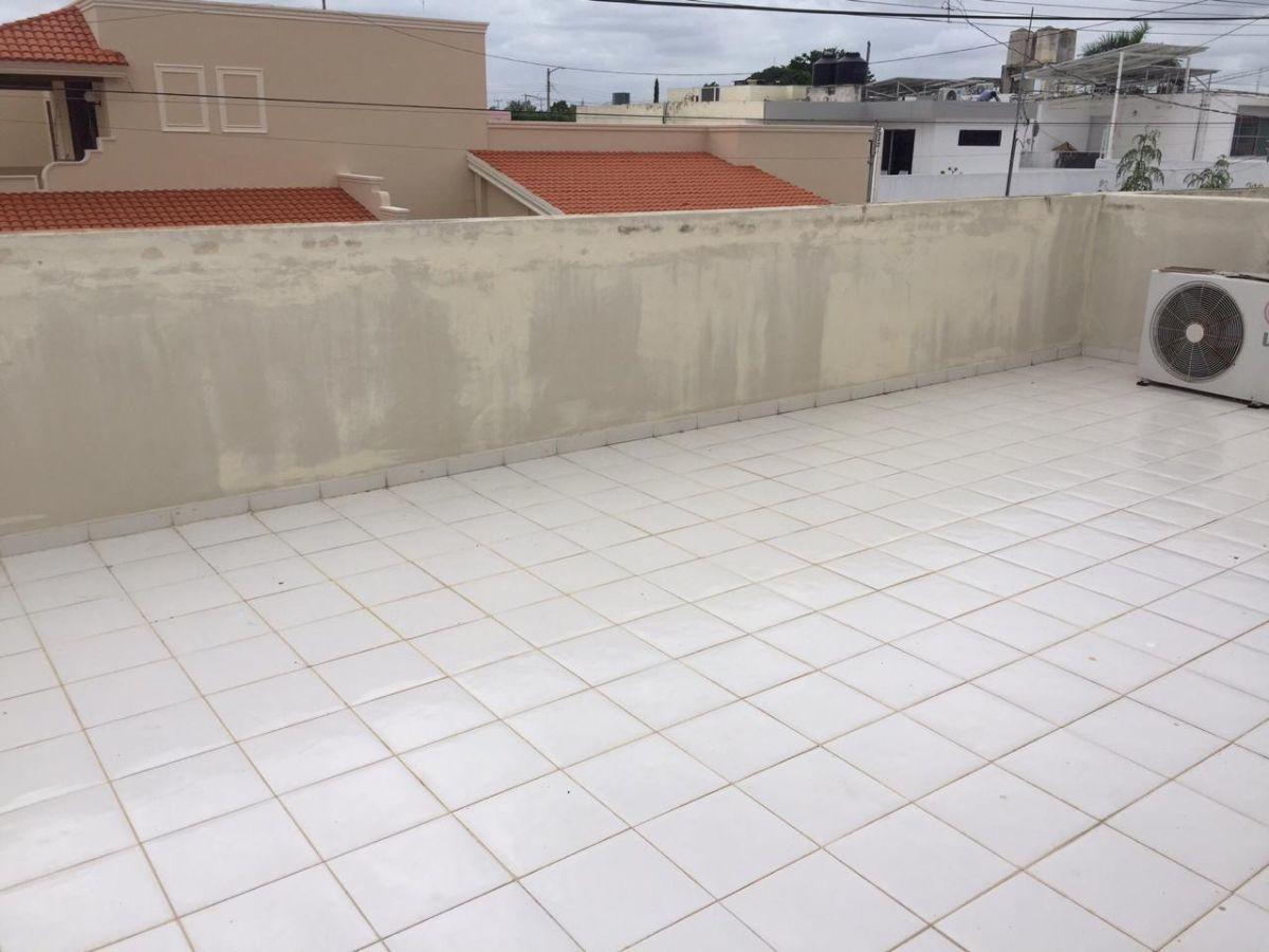 20 de 29: Vista de terraza en planta alta