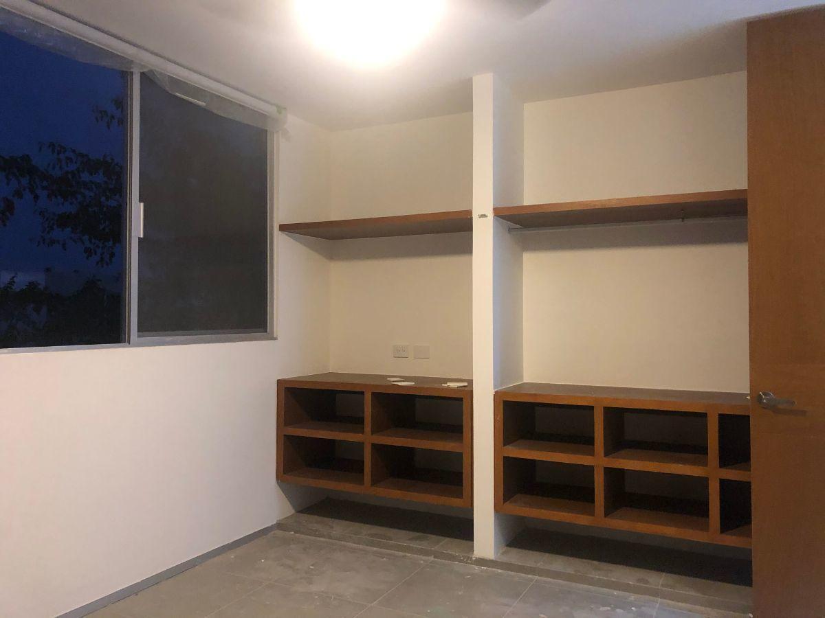 12 de 12: Closet