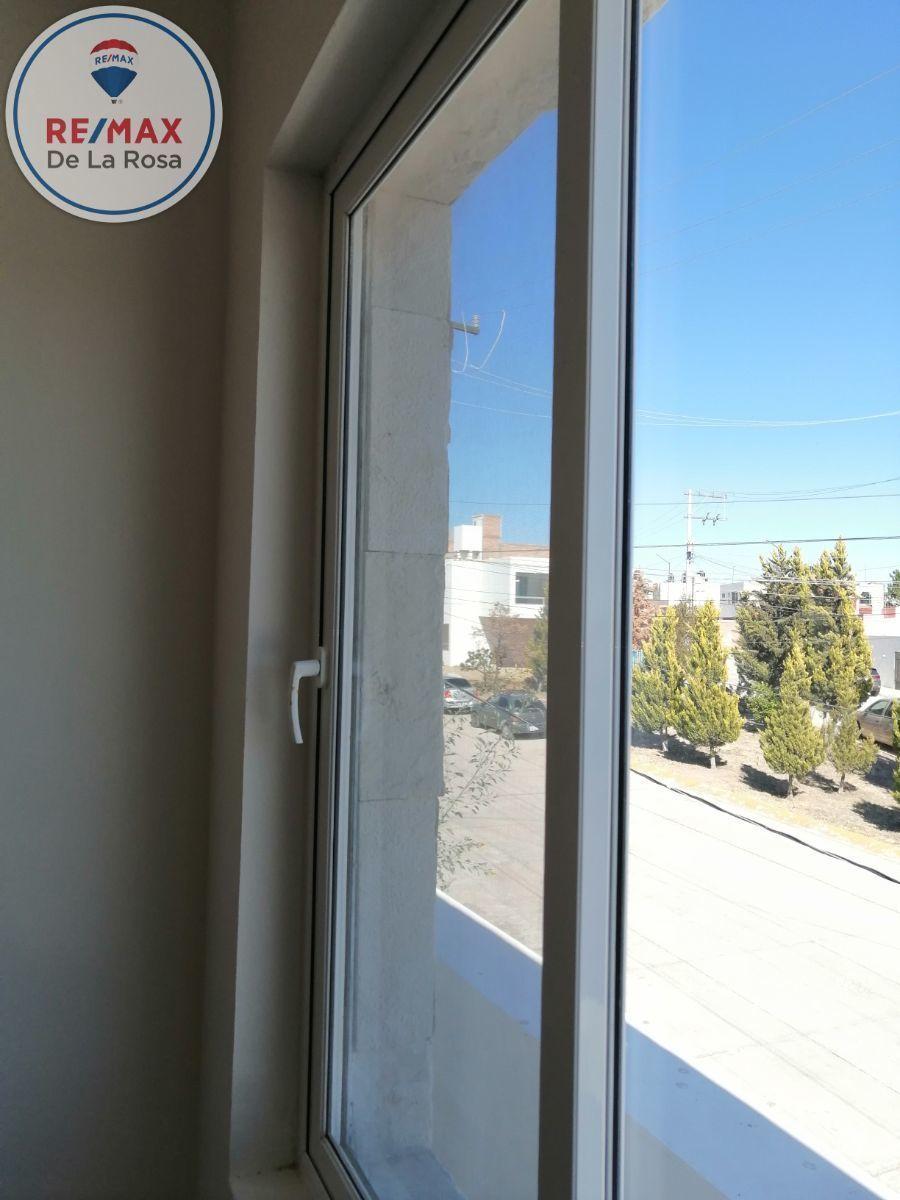 40 de 40: ventaneria  y aluminio español