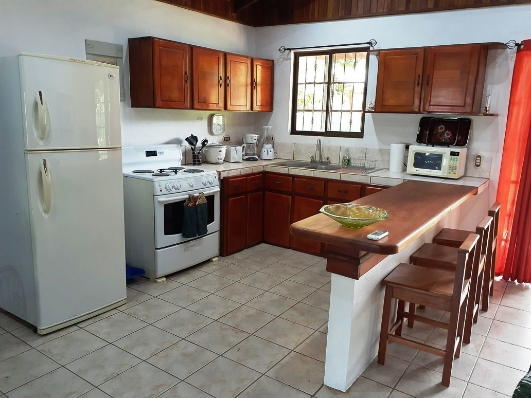 3 of 12: Kitchen
