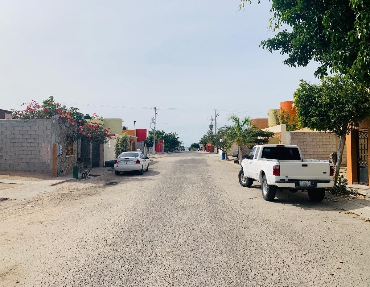 16 de 16: Acceso Calle Del Mesón