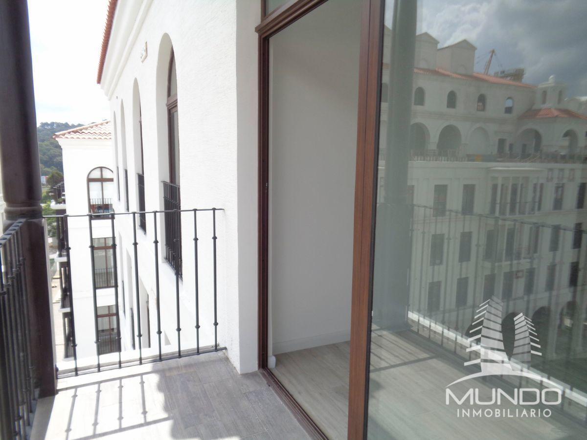 3 de 10: Amplio balcón