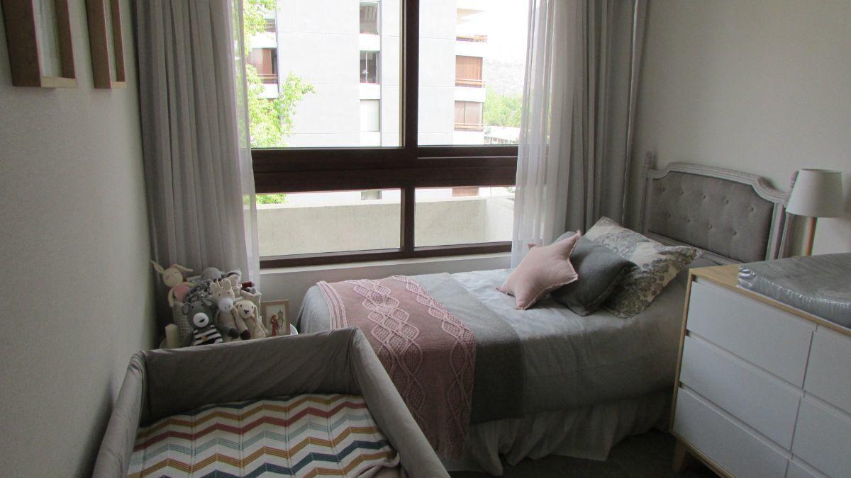 3 de 15: Dormitorio con vista norte