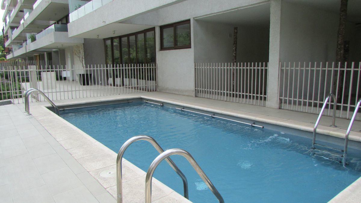 14 de 15: Zona de piscina