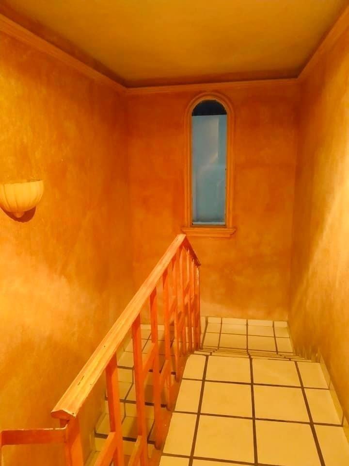 3 de 5: Acceso al segundo piso.
