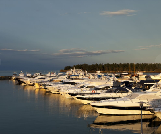 9 de 50: Amplia y majestuosa Marina con una increíble vista (en const