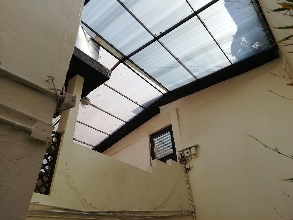 26 de 37: Terrraza techada con domo