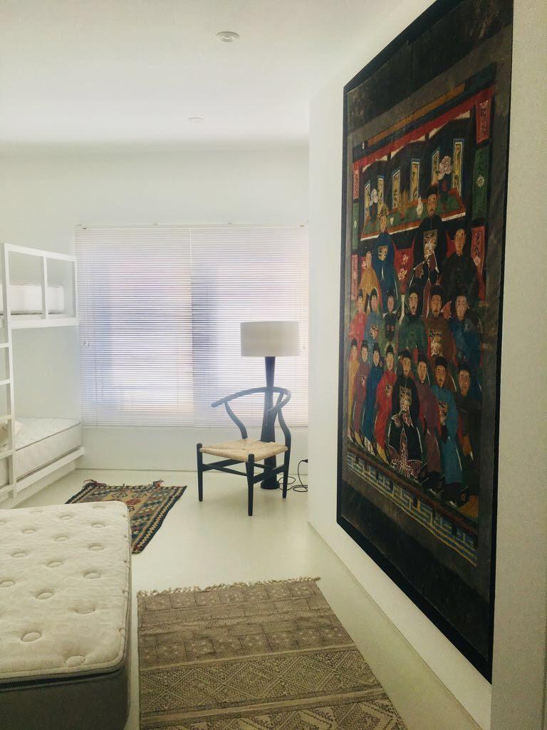 12 de 29: Uno de los dormitorios secundarios con camarote y queen