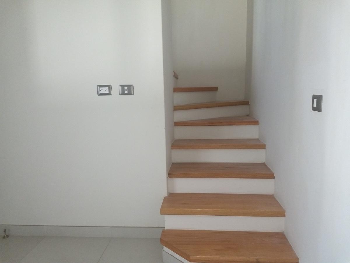 8 de 22: Escaleras