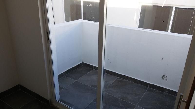 22 de 23: Recamara 3 con closet y terraza