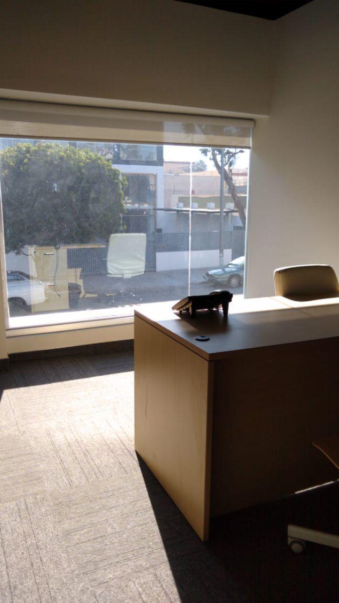 2 de 13: Oficina