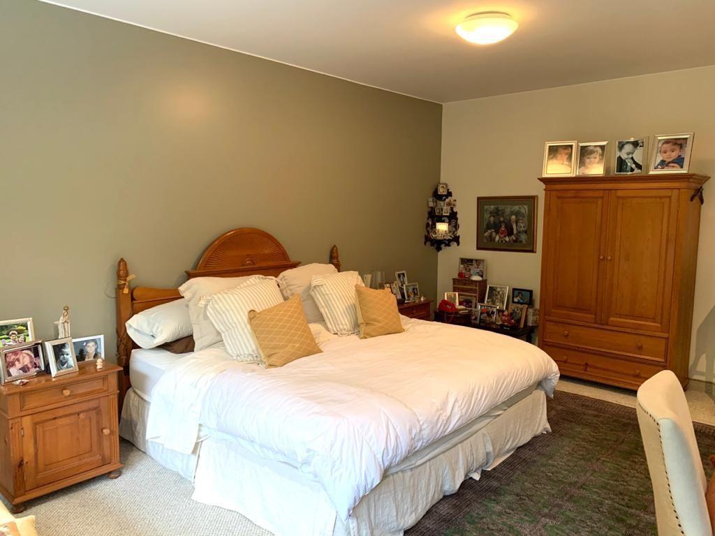 13 de 18: Dormitorio principal