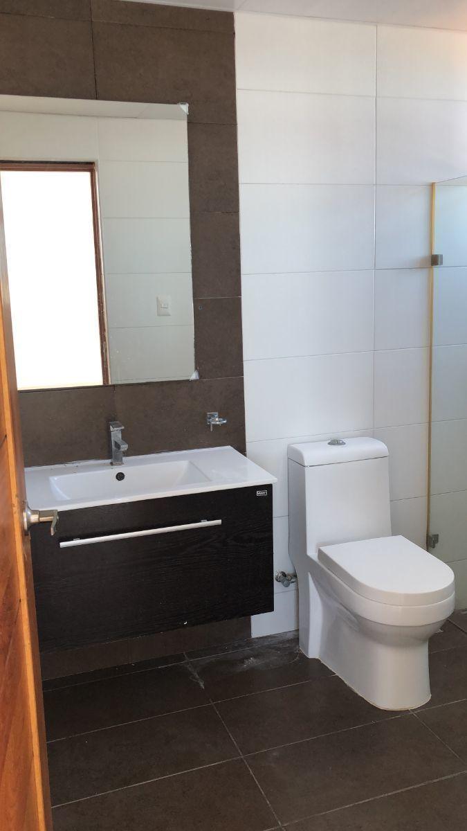 8 de 17: Baño habitacion princpal
