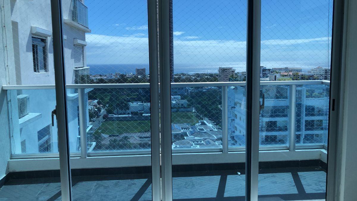 1 de 17: Balcon con vista al horizonte y al mar