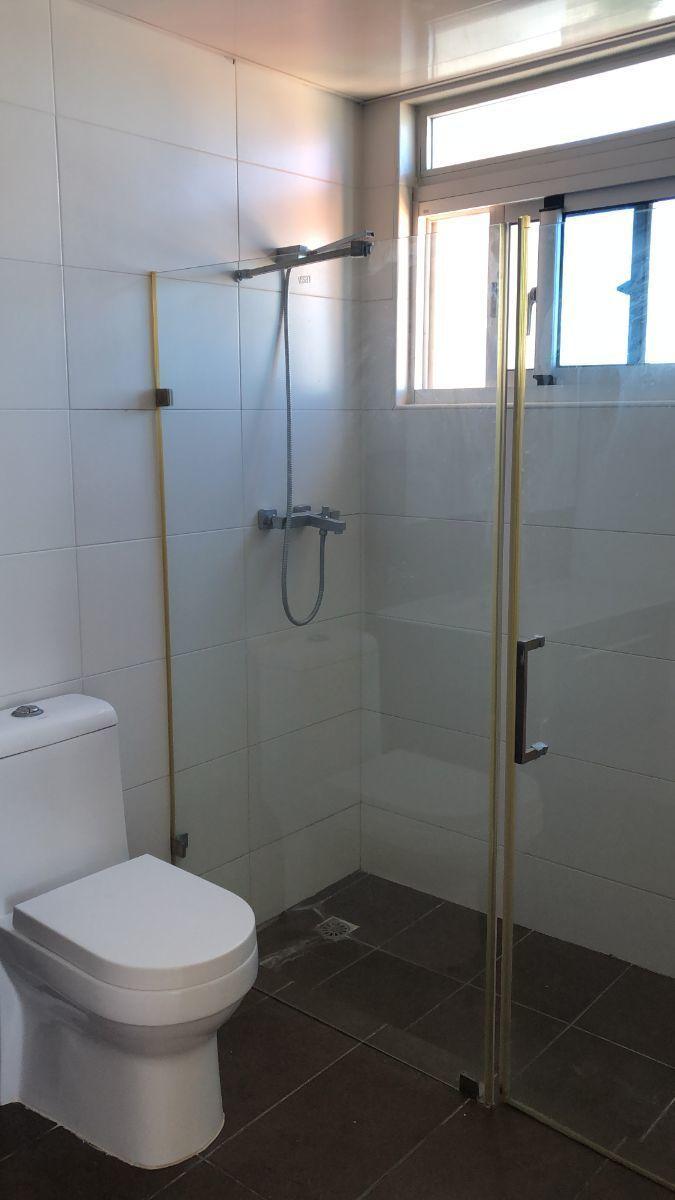 15 de 17: Baño Habitacion secundaria