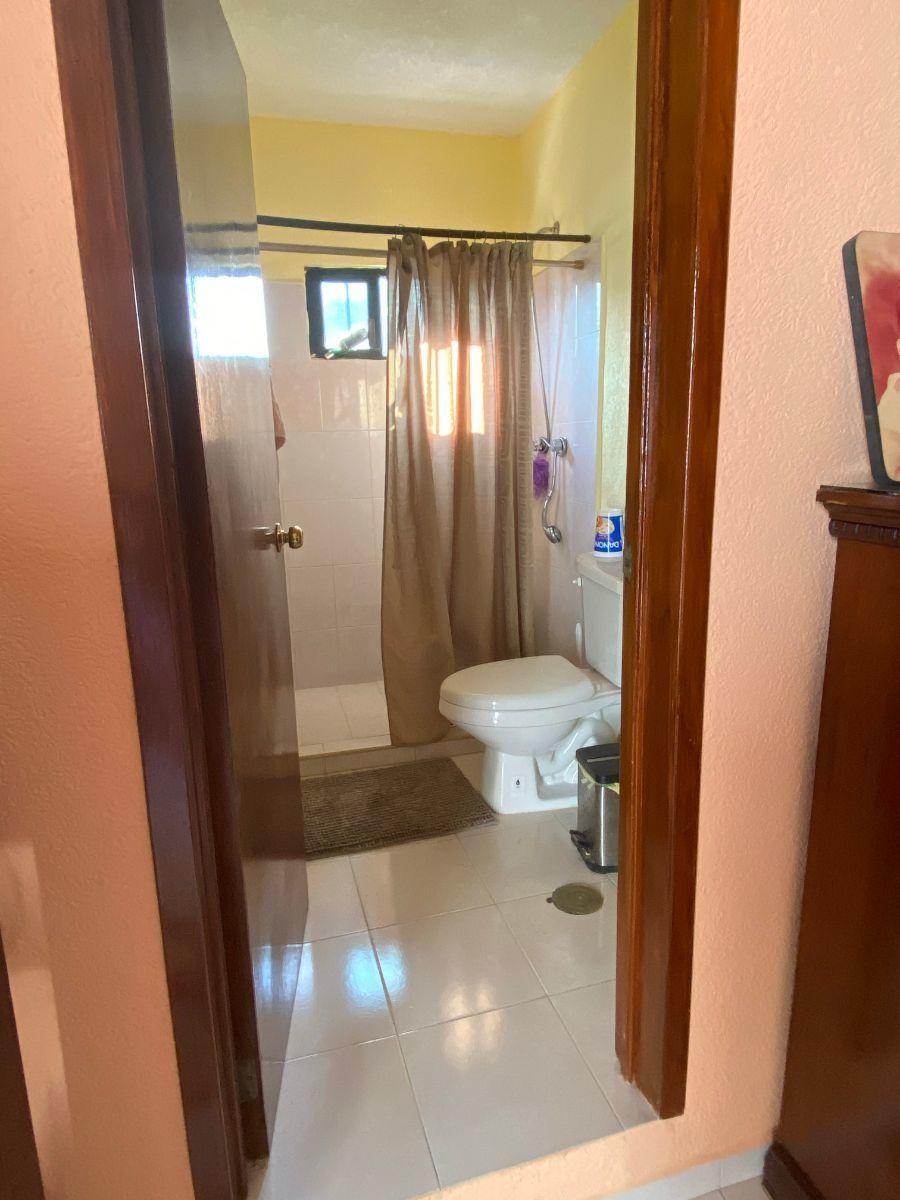11 de 17: Baño recámara principal