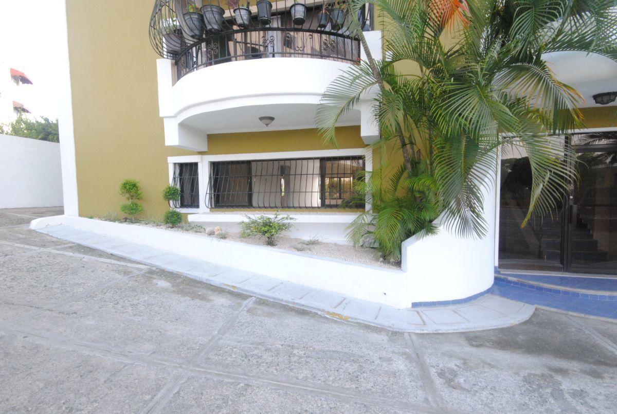 2 de 5: Balcon integrado