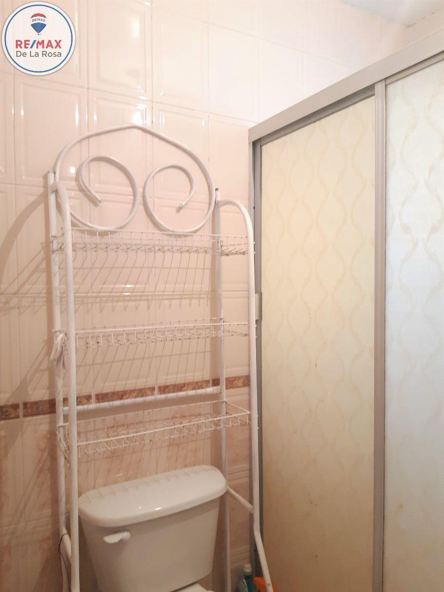 13 de 15: baño completo en planta alta