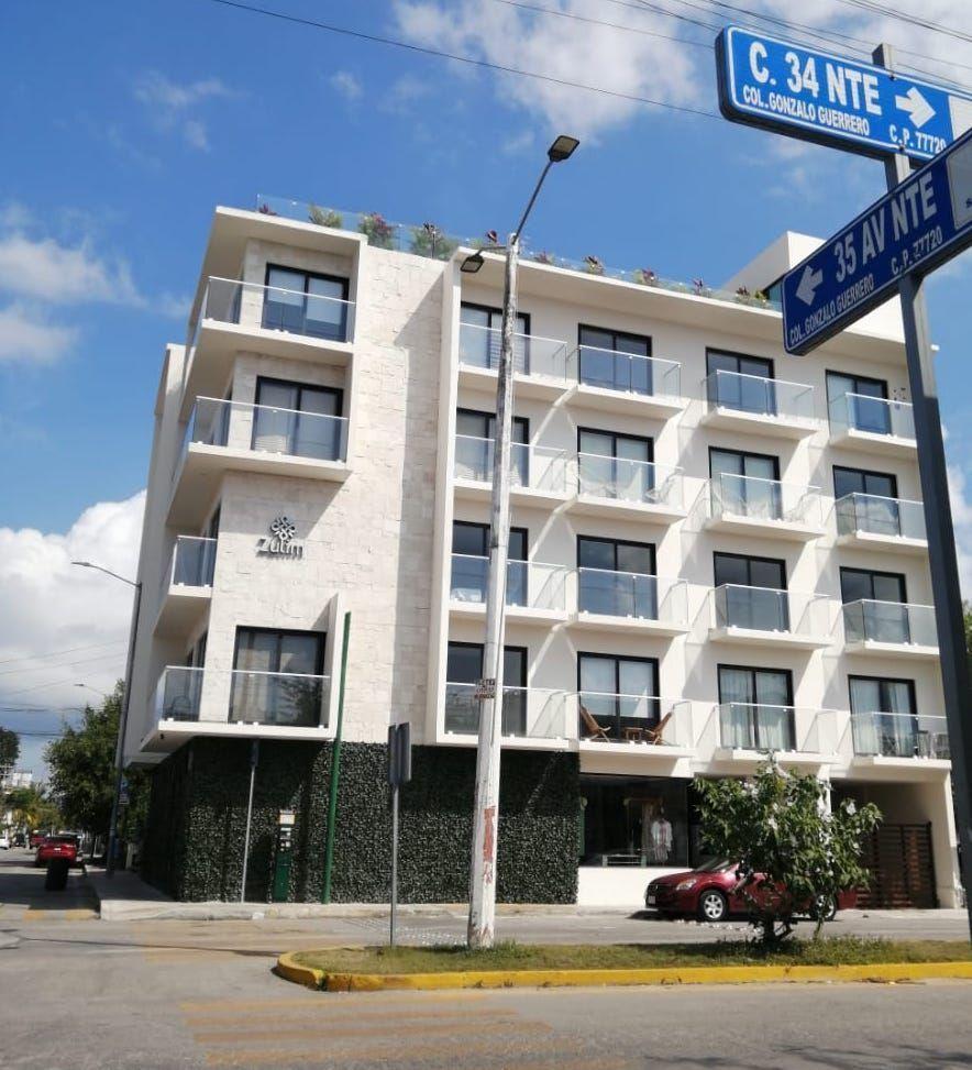 1 de 11: Vista frontal del Edificio