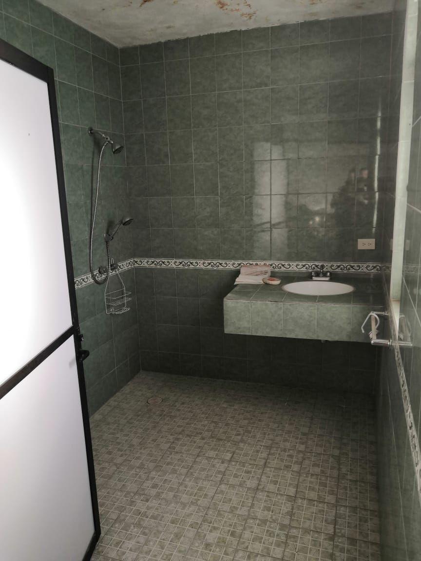 4 de 11: Baños completos