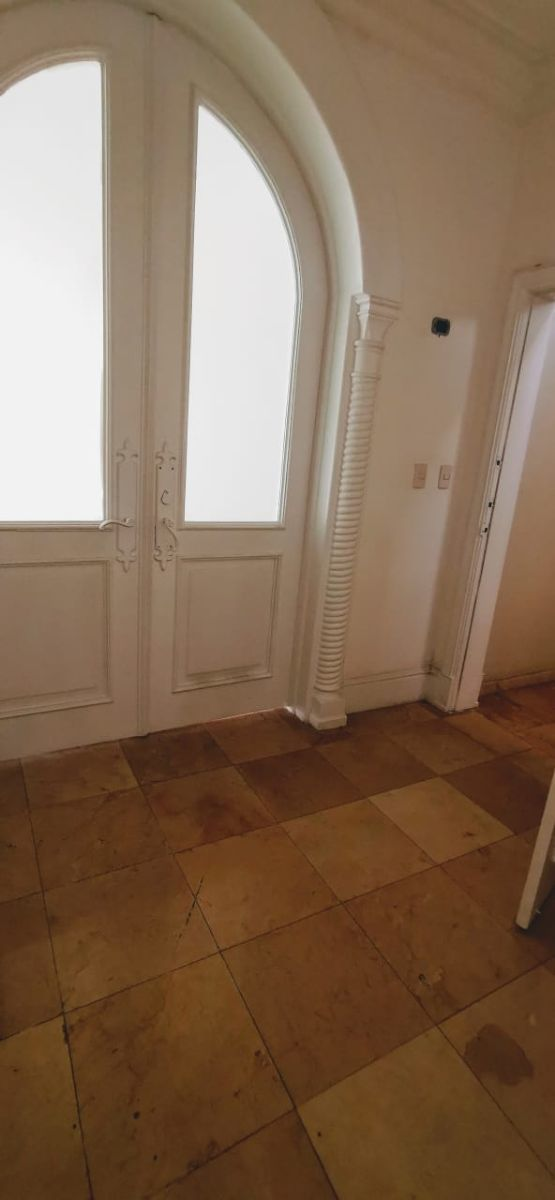 3 de 26: puerta de entrada