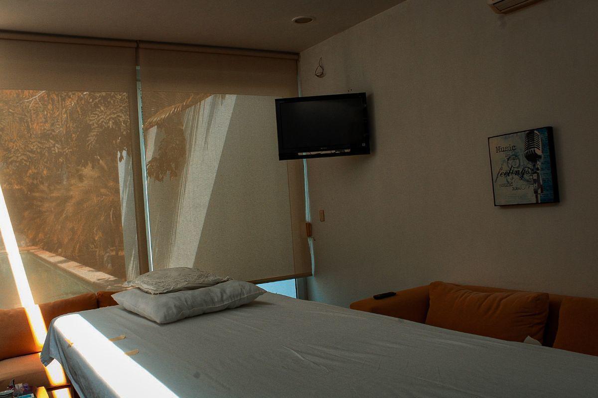 25 de 41: cuarto de masajes