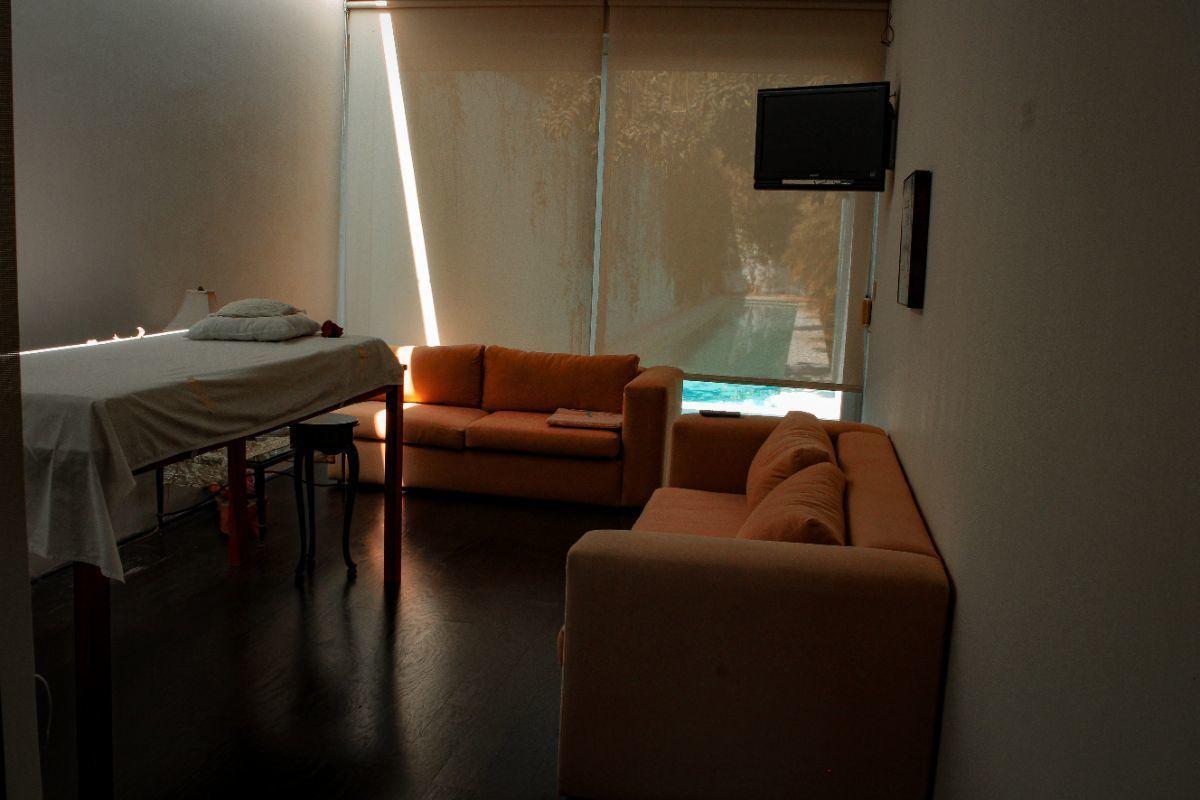 27 de 41: cuarto de masajes