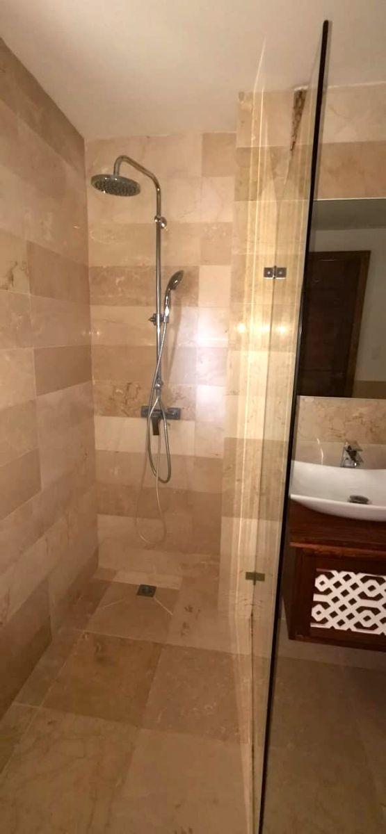 12 de 29: ducha hab principal