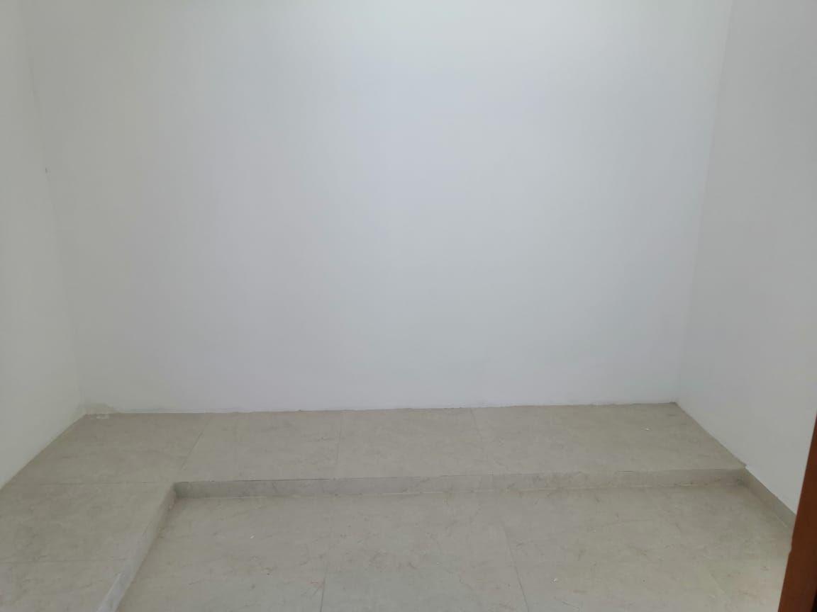 11 de 33: Closet Vestidor Recámara Principal