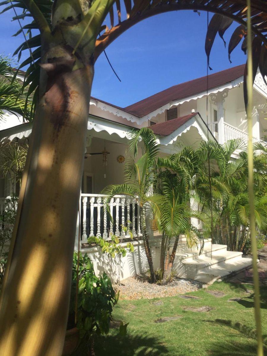 2 de 41: villa en alquiler samana 3 dormitorios