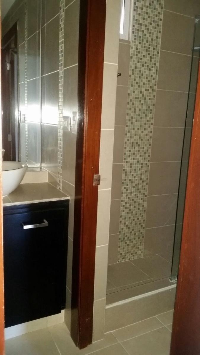 19 de 26: baño principal