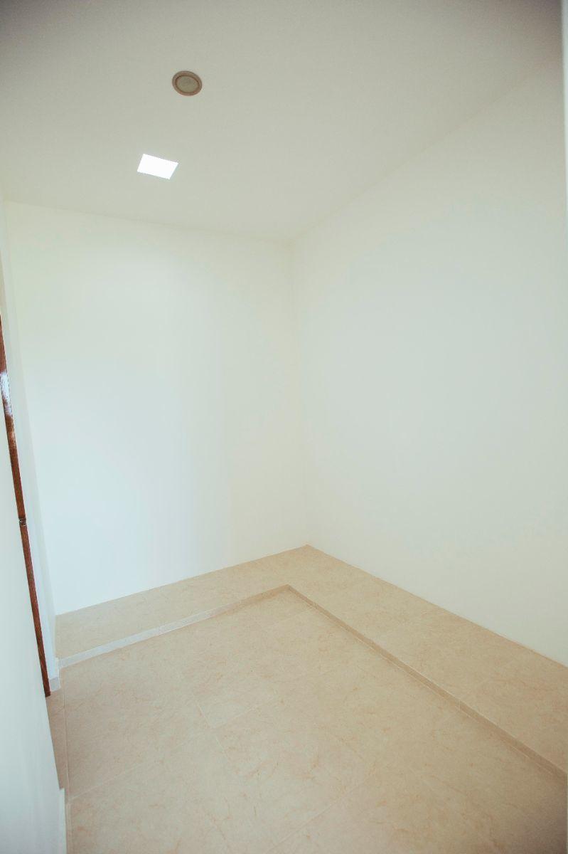 12 de 19: closet