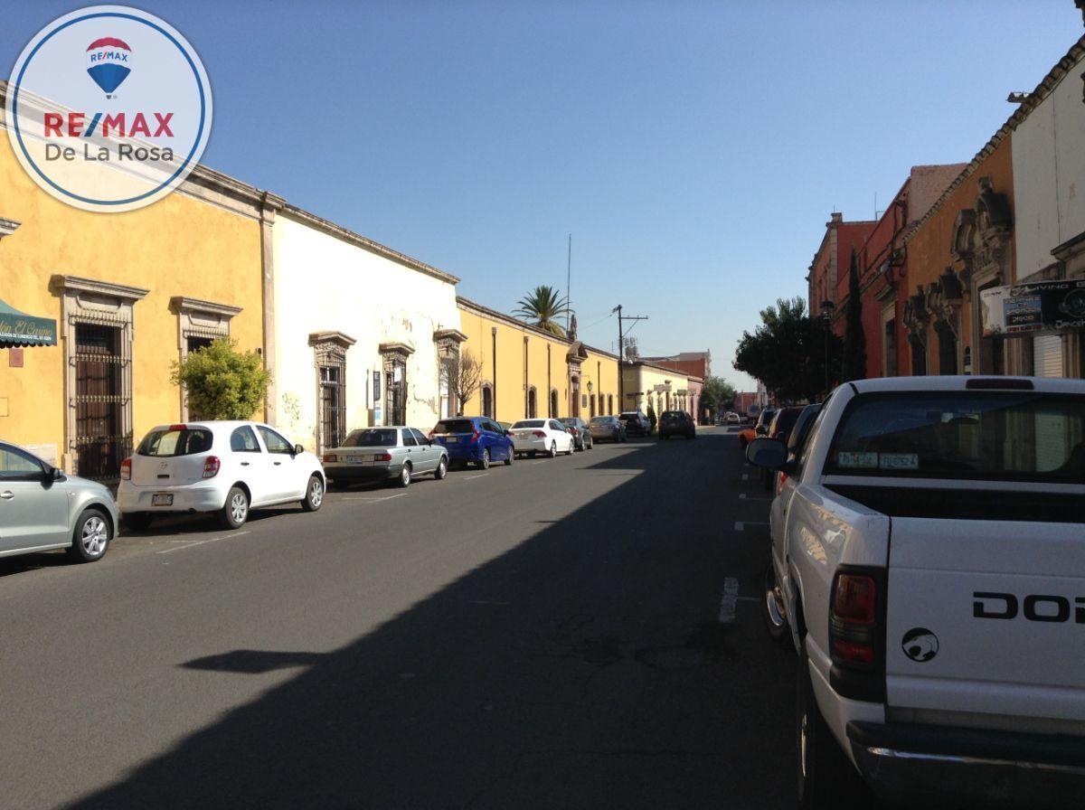 2 de 15: ubicación entre calle Hidalgo y Zaragoza