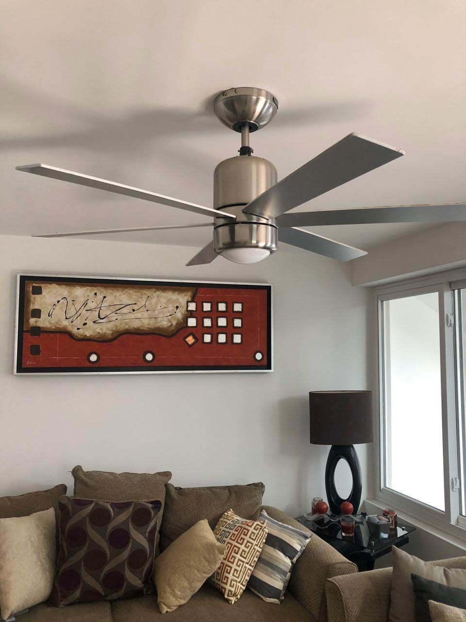 18 de 26: Toda la casa cuenta con ventiladores de techo.