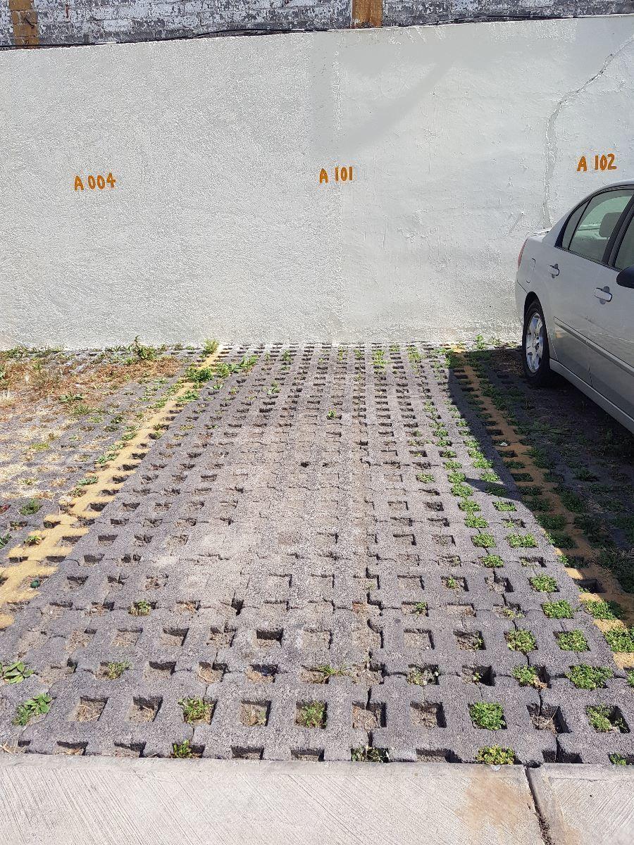 18 de 20: estacionamiento fijo e independiente