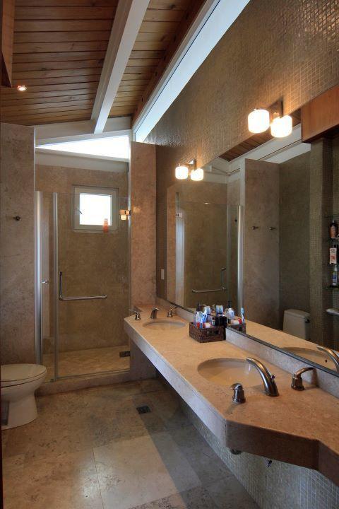 24 de 35: baño recamara principal