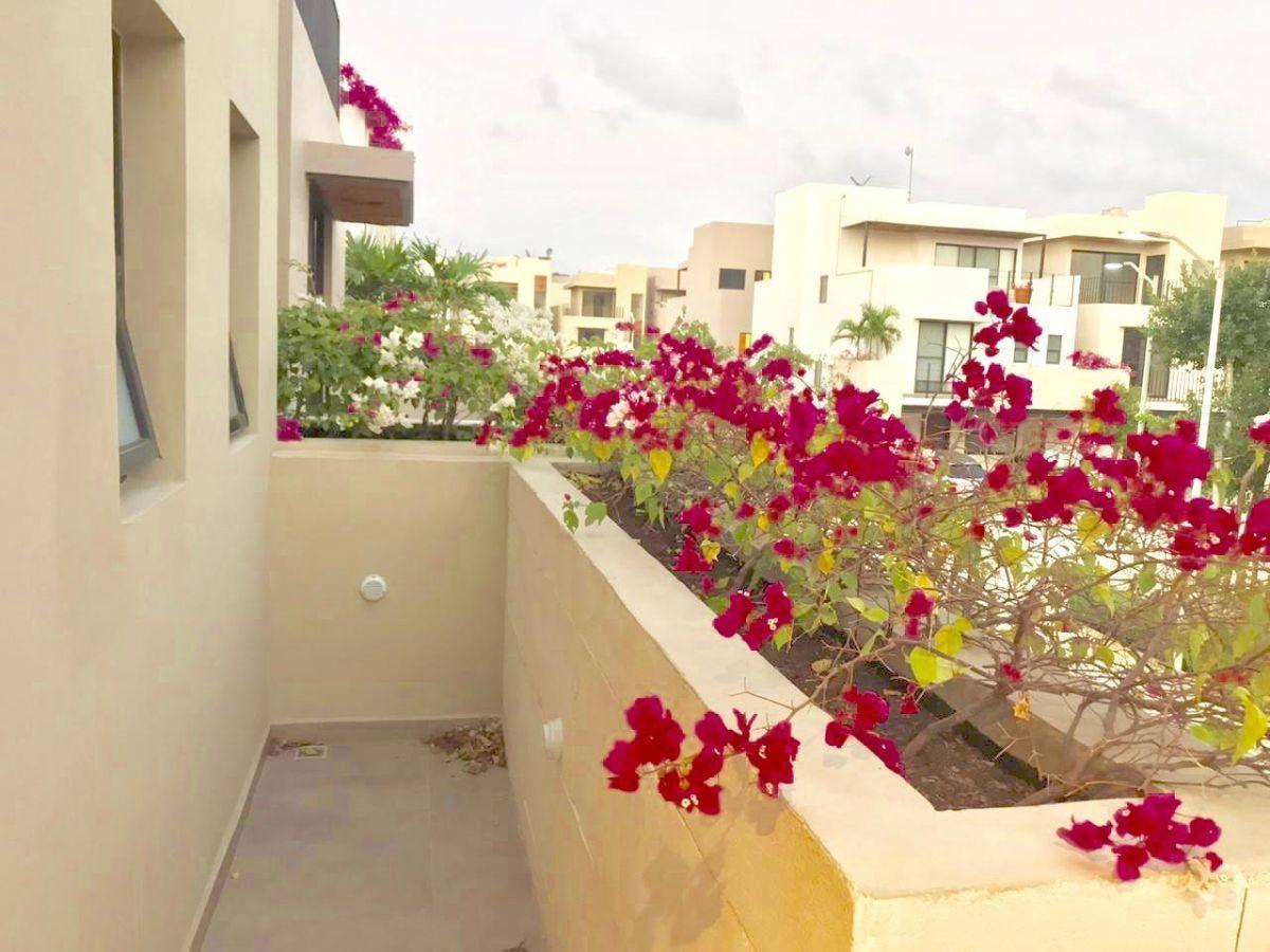 18 de 31: balcon