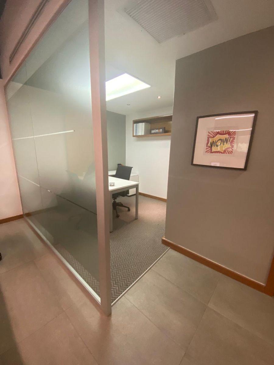 10 de 19: Oficina privada