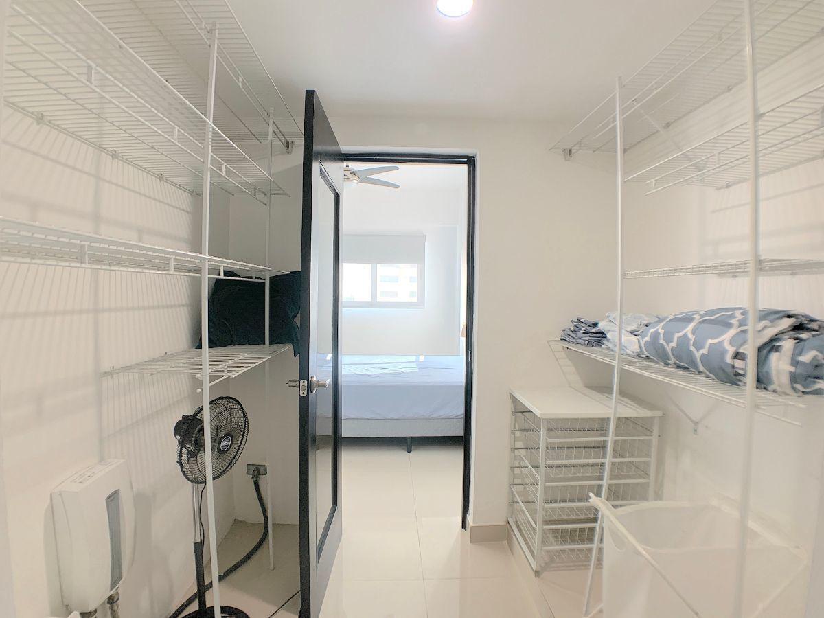10 de 12: Habitación con Walk-in closet