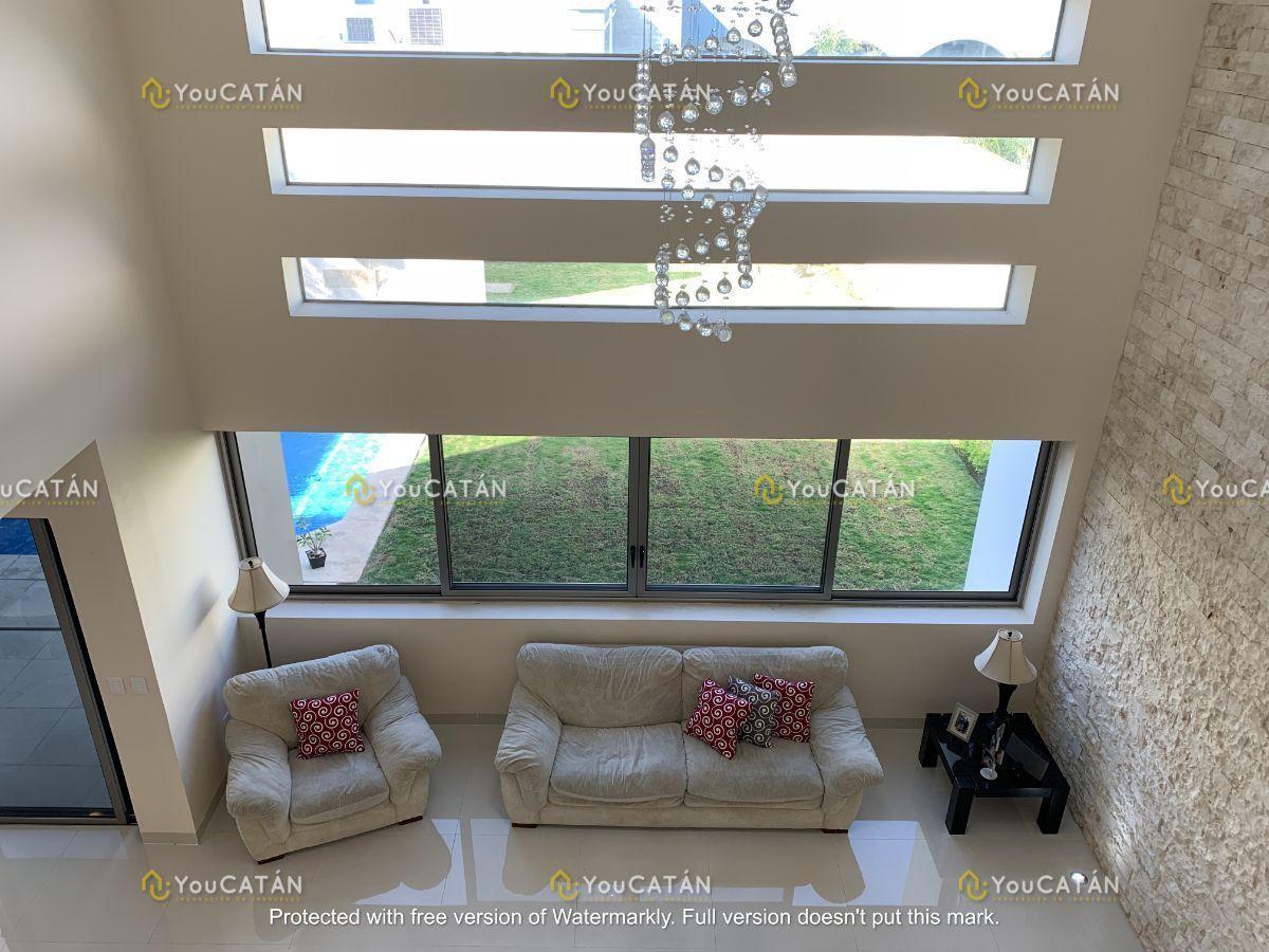 32 de 42: Vista desde 2o piso a sala