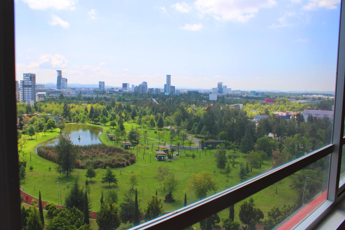 1 de 13: Vista al Parque del Arte