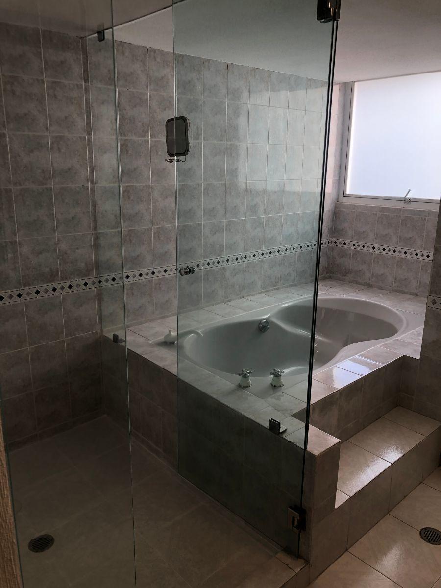 21 de 31: Baño Recámara Principal